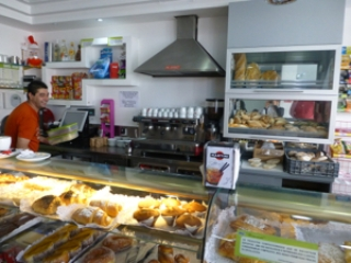cakes-and-bread-on-display-in-bakery-in-penela