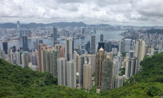 Hong-Kong-Skyline-from-victoria-peak