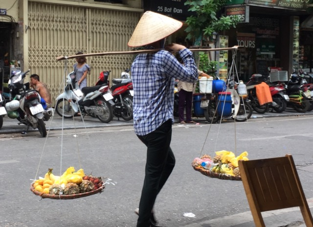 Traditional-over-the-shoulder-vietnamese carriers